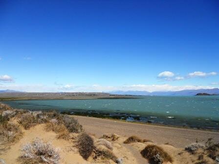 Vue sur le lac depuis la Laguna Nimez