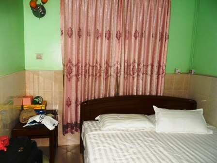 Notre chambre chez Saw Nyein San