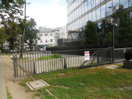 Varsovie entrée pour la Synagogue