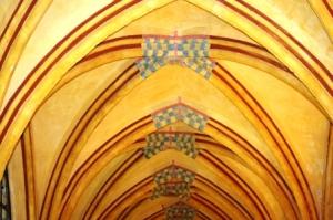 blog-pinterest-hauts de france-compiègne-cloitre st corneille-voute du cloitre (3)
