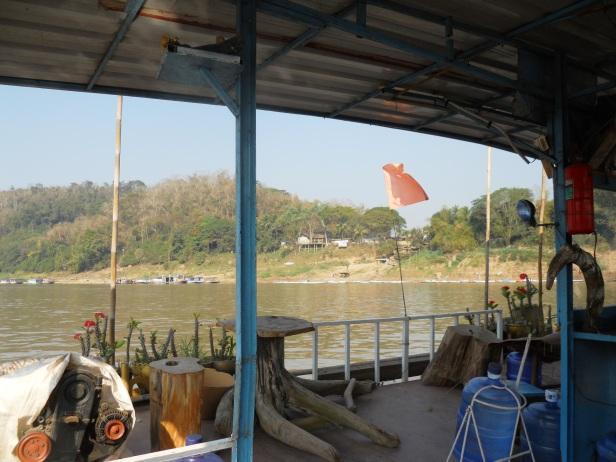 Laos-Ferry (3)