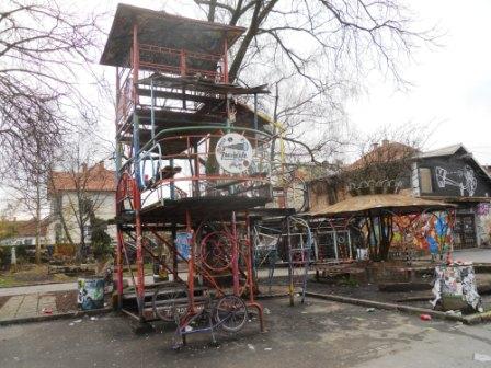 Street art-Metelkova-Ljubljana-Slovénie- (2)