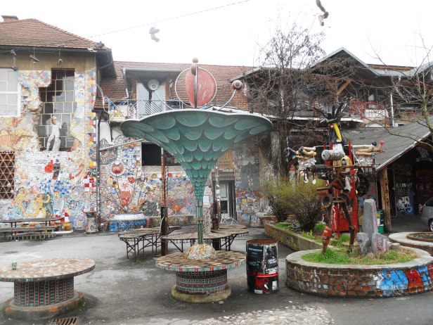 Street art-Metelkova-Ljubljana-Slovénie- (6)