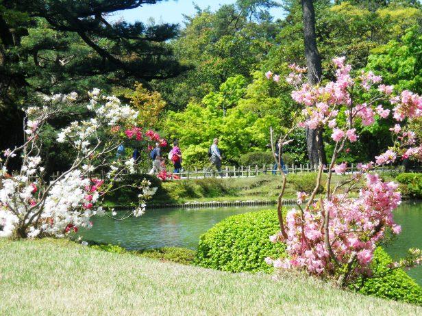 Voyage-Japon-Kanazawa-KenruokenGarden (1)